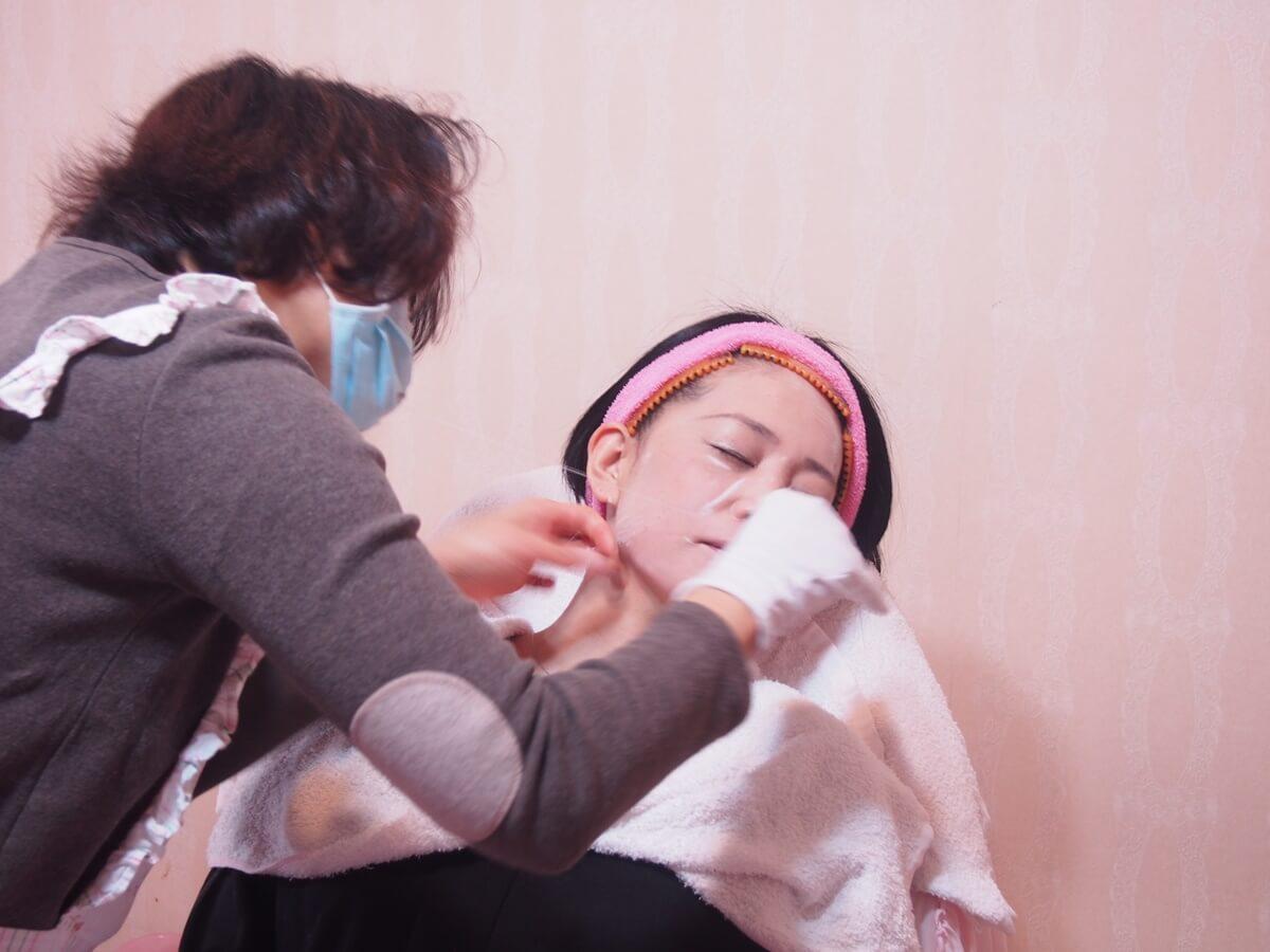 台湾 女子旅 台湾式 糸脱毛 顔脱毛