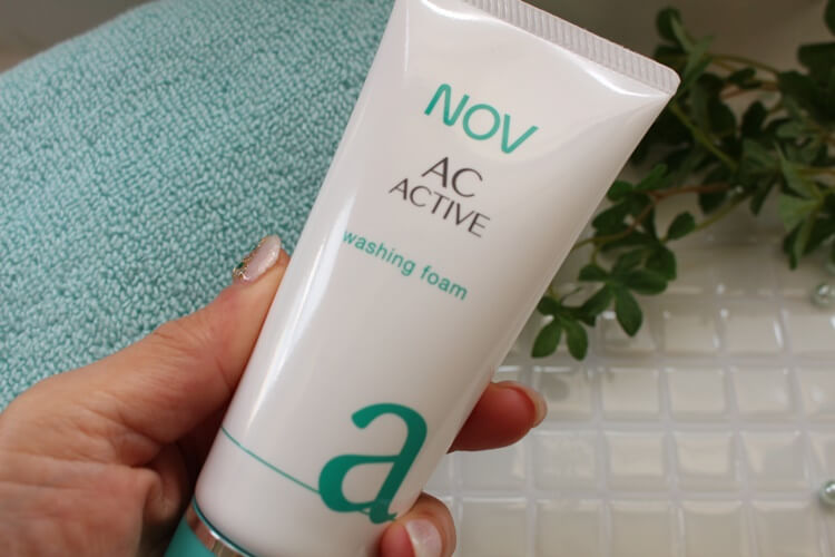 大人ニキビをケアできる化粧品 ノブACアクティブ