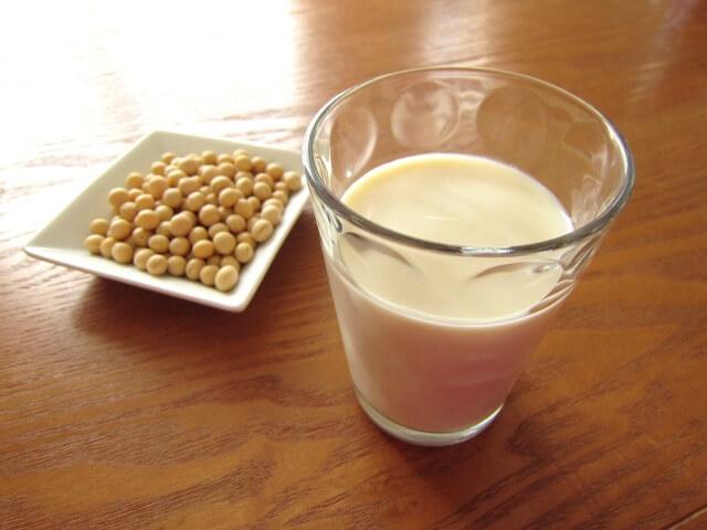なめらか本舗 豆乳イソフラボン配合美白化粧水